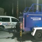 Lichtmast_und_Stadtwerkeauto